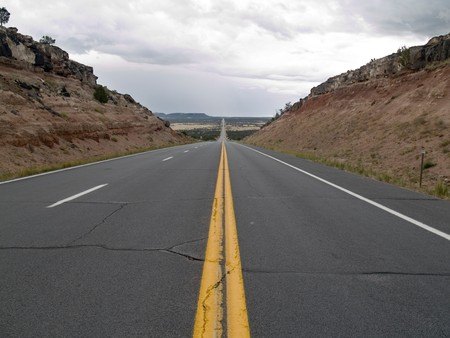 Highway 60 from Show Low to Springerville, Arizona, during the cloudy, rainy monsoon season. Stock fotó