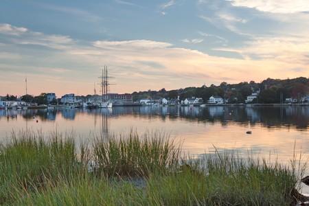 Historische Mystic zee haven in Connecticut, seconden slechts na zons ondergang
