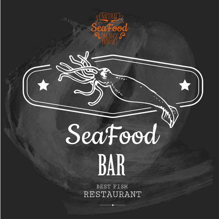 calamar: Logotipo para restaurante de pescado o en el bar con una imagen de los calamares. Boceto dibujado simple en formato vectorial en una pizarra