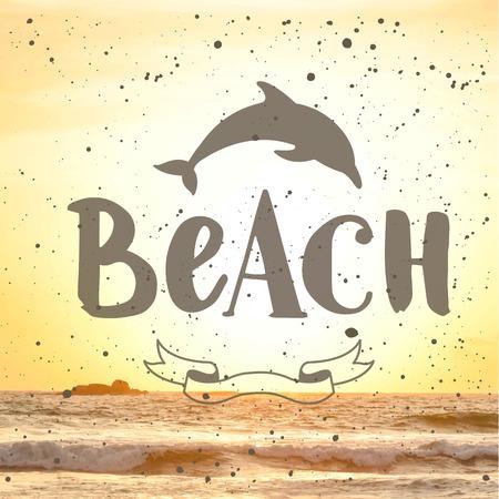 siervo: La puesta del sol de verano junto al mar. Beach. Vista del mar cálido verano.