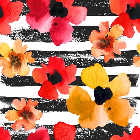 rayas de colores: ornamento floral con flores silvestres sobre un fondo blanco y negro a rayas para su diseño y decoración.