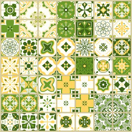 포르투갈어 타일과 원활한 패턴입니다. 흰색 배경에 Azulejo의 벡터 일러스트 레이 션. 지중해 스타일. 녹색과 노란색 디자인입니다.