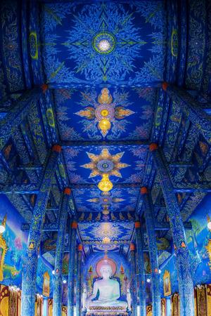 Chaing rai, Thailand-January 2017 : Buddha statue in blue temple is symbol of the Chaing rai, Panoramic portrait. 新闻类图片