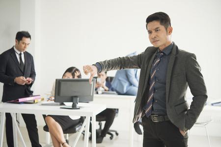angry boss complaining staff in office. Фото со стока