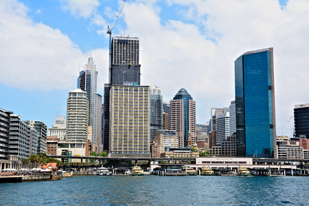 Australia; Sydney October 25th 2018 -View on skyscrappers and harbour in Sydney city centre Standard-Bild - 123681371