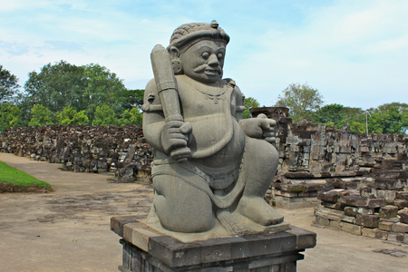 Sewu Temple is the second largest Buddhist temple complex in Java; built in 8th century; guarded by two Dwarapala statues Standard-Bild - 117105154
