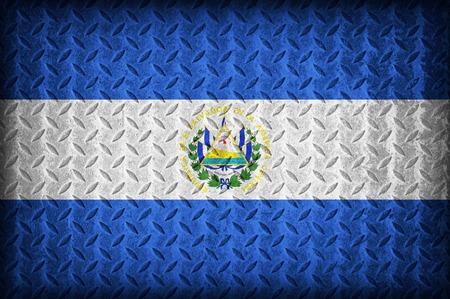 bandera de el salvador: Patr�n de la bandera El Salvador en la placa de metal de diamante textura, estilo vintage Foto de archivo