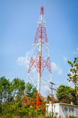 relevance: Telecommunication tower and antenna