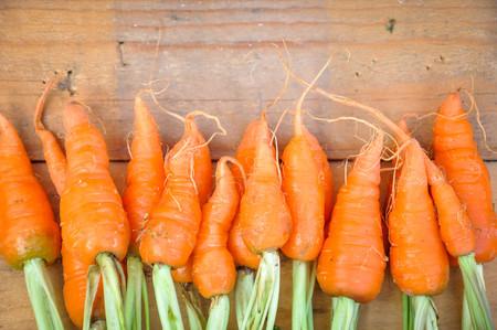 Fresh organic carrot Stock Photo - 92543969