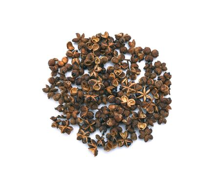 spices, Dry Zanthozylum limonella Alston on white background