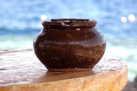arredamento classico: Vaso di ceramica