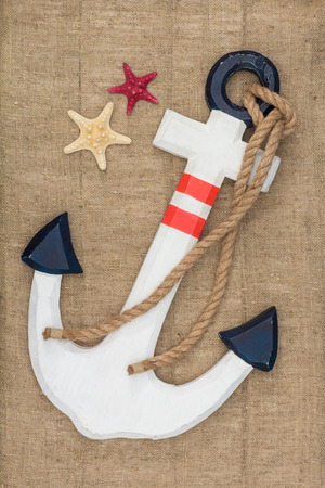 lashing: anchor and starfish on sacking, view from above