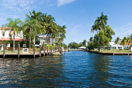 Luxury Millionaire's Mansion On The Canal In Fort Lauderdale Stock Photo - 4063307