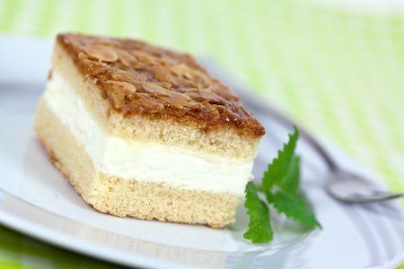 Cream Honey-Almond Cake photo