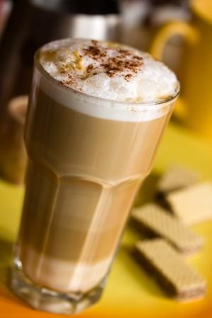 frothy: Latte Macchiato con latte spumoso  Archivio Fotografico