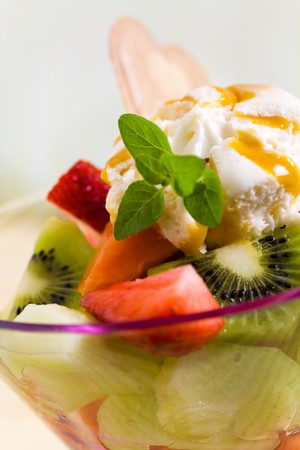 Fruit Salad with Ice Cream,kiwi,strawberry,papaya
