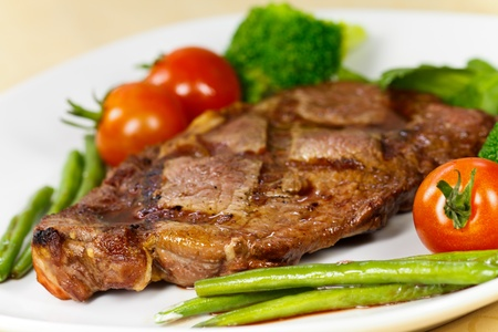 new york strip: New York Strip Steak with Vegetables
