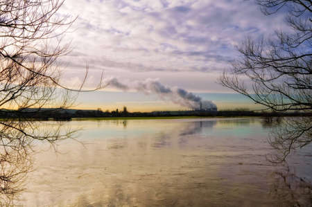 River Trent in flood. Ratcliffe on Soar Power Station from Attenborough. Stock Photo