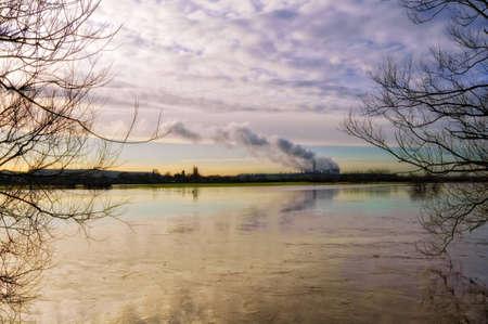 Rivier Trent in vloed. Ratcliffe op Soar centrale van Attenborough. Stockfoto