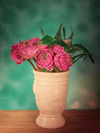 waterlilly: Lotus flower in a vase Steel Life