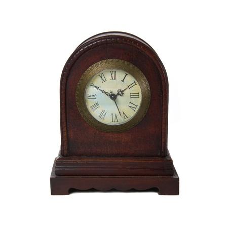 horloge ancienne: Vieille horloge antique isol� sur fond blanc Banque d'images