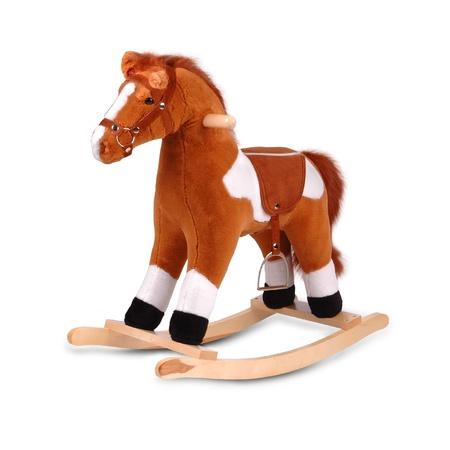juguetes de madera: caballo marr�n mecedora de peluche aislado en blanco Foto de archivo