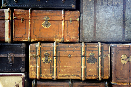 background with scratched antique suitcases Imagens