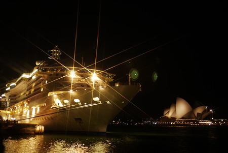 darling: ferry departing darling harbour