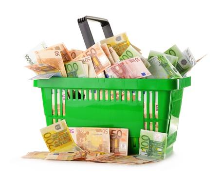 european union currency: Composici�n con billetes de euro en la cesta de la moneda de la Uni�n Europea