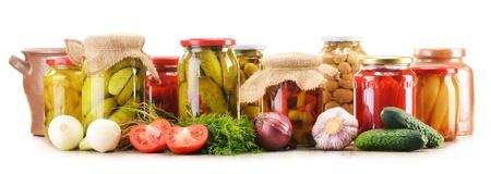 절인 야채 단지 조성입니다. 절인 음식 스톡 콘텐츠