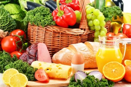 Zusammensetzung mit verschiedenen Bio-Lebensmittelprodukte Standard-Bild - 25188406