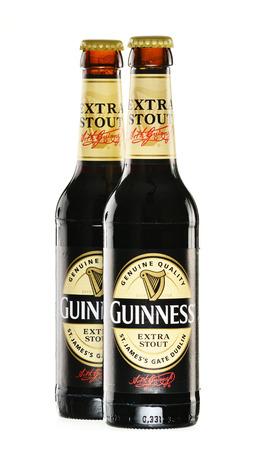 cerveza negra: Dry stout irlandesa, se origin� en la f�brica de cerveza de Arthur Guinness, Dubl�n Una de las marcas de cerveza de mayor �xito en el mundo, disponible en m�s de 100 pa�ses