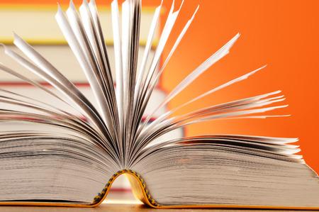 prosa: Composizione con libri sul tavolo Archivio Fotografico