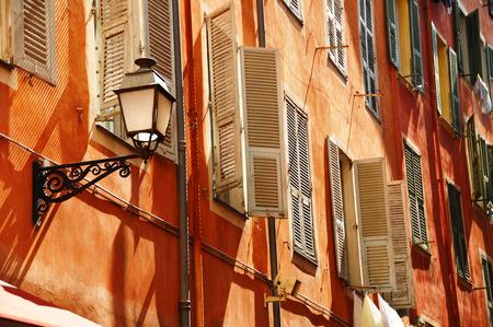 Staré město architektura z Nice na francouzské Riviéře