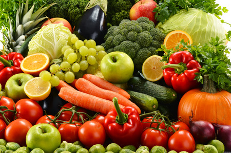 Composition with assorted raw organic vegetables Stockfoto