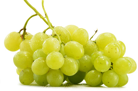 chardonnay: Bunch of fresh white grapes isolated on white background