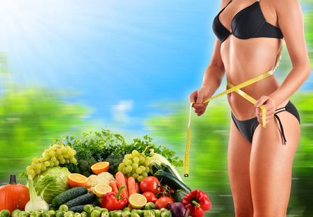 belly pepper: Dieting. Balanced diet based on raw organic vegetables and fruits