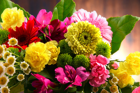 variety: Composition with bouquet of flowers.