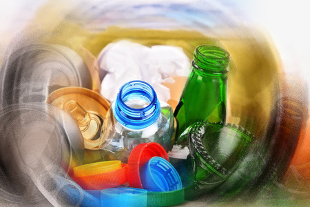 glass paper: Recyclable garbage consisting of glass, plastic, metal and paper.
