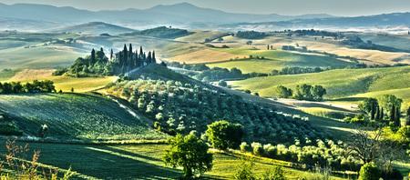 pienza: Landscape view of Val dOrcia, Tuscany, Italy. UNESCO World Heritage Site