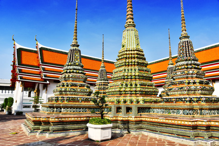 Wat Pho or Temple of the Reclining Buddha in Bangkok, Thailand. 版權商用圖片