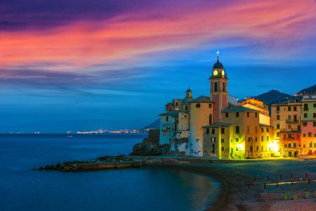 The tourist resort of Camogli on the Italian Riviera in the Metropolitan City of Genoa, Liguria, Italy Standard-Bild - 115376432