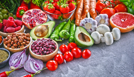 Composition with fresh vegetarian grocery products. Banque d'images
