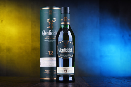POZNAN, POL - JAN 24, 2019: Bottle of Glenfiddich, the world's best-selling single-malt whisky, owned and produced by William Grant and Sons in Dufftown, Scotland 報道画像
