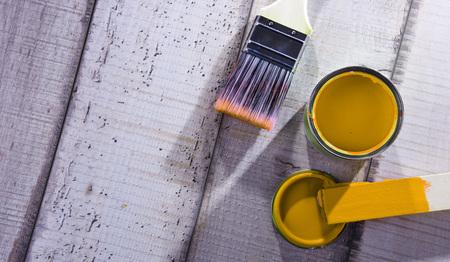 Medium size paintbrush for home decorating purposes. Standard-Bild - 118910552