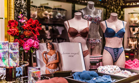 SINGAPORE - MAR 4, 2020: Interior of Victoria's Secret store, an American designer, manufacturer, and marketer of women's lingerie, womenswear, and beauty products Editoriali