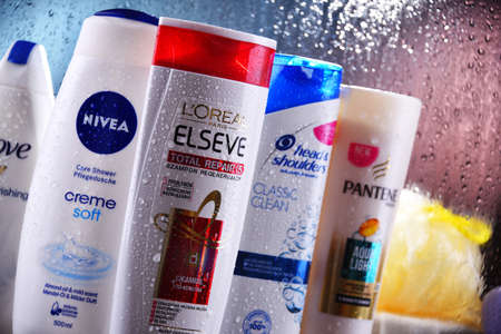 POZNAN, POL - OCT 23, 2020: Plastic containers of body care products including widely available most popular global brands as LOreal, Nivea, Dove and Head & Shoulders Redactioneel