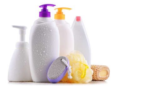 Plastic contaiers of shampoos and shower gels isolated on white background Imagens