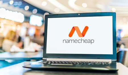 POZNAN, POL - JAN 6, 2021: Laptop computer displaying logo of Namecheap, an ICANN-accredited domain name registrar, which provides domain name registration and web hosting 新聞圖片
