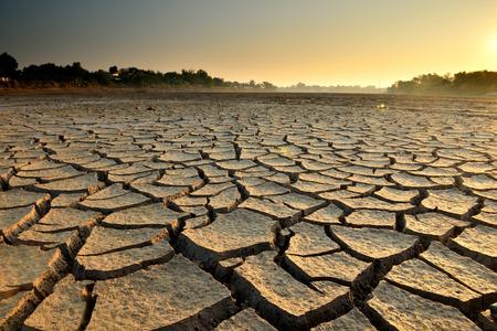 environment damage: drought land so long waterless